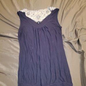 Dark blue blouse (sleevless)